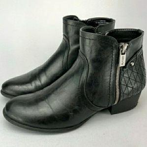 Unisa unpayola black faux leather ankle boots